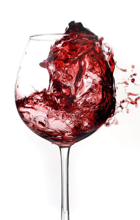 Rosso di vino nel vetro fotografie stock