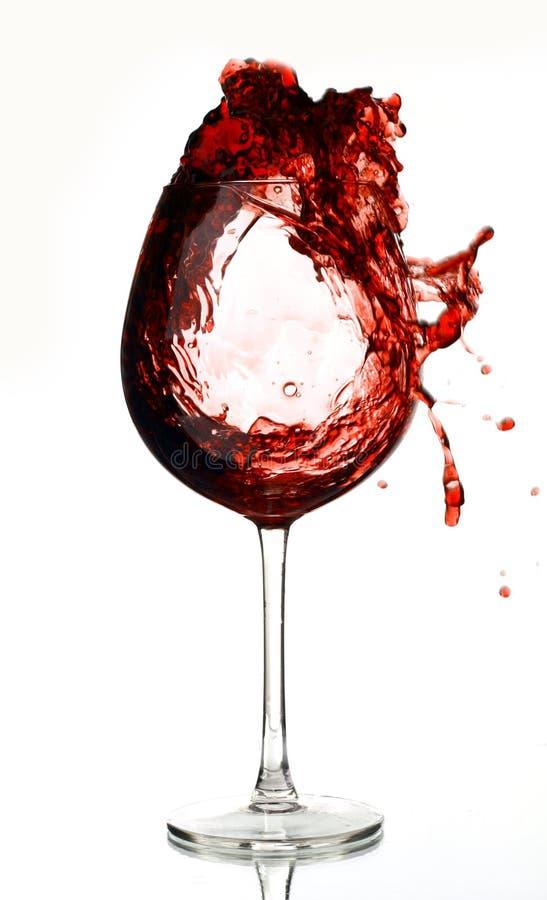 Rosso di vino nel vetro fotografie stock libere da diritti