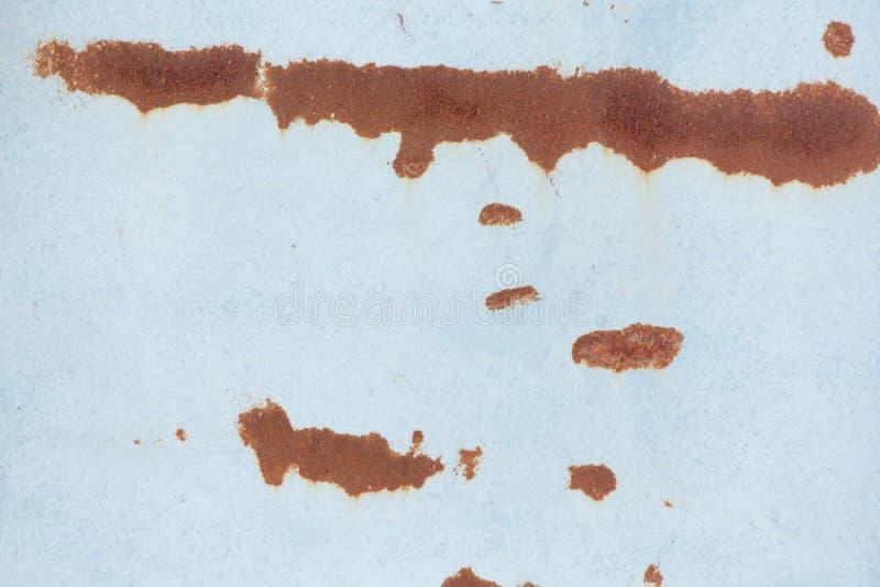 rost p? gammal v?ggbakgrund arkivbild