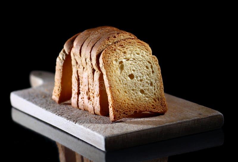 Rostat bröd royaltyfria bilder