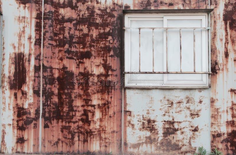 rostfönster arkivfoto