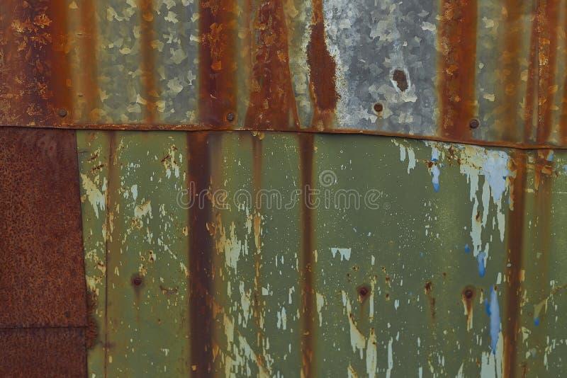 Rostige Eisenwand Verschiedene Oberflächen des Metalls stockfotografie