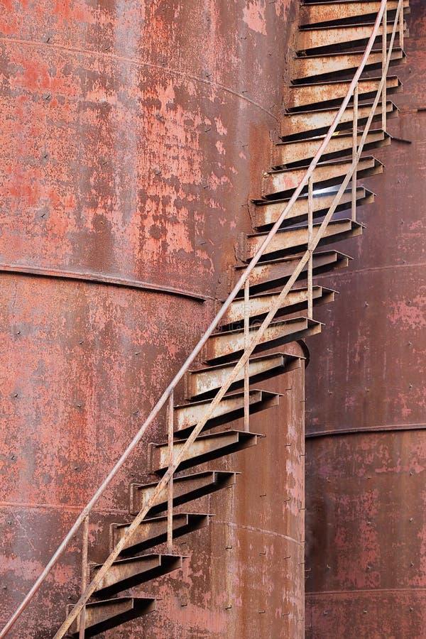 Rostige Treppen stockfotografie