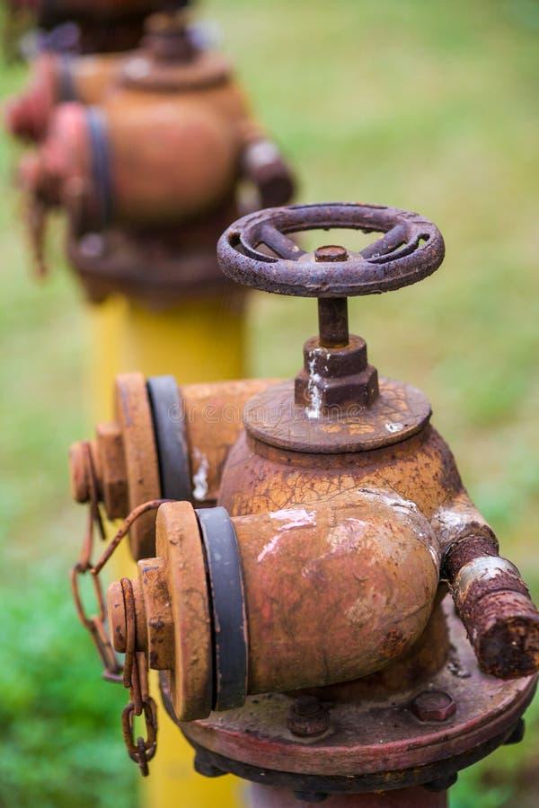 Rostiger Feuer-Hydrant lizenzfreie stockbilder