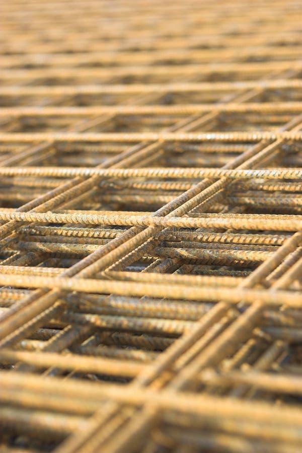 Rostiges Eisennetz stockbilder