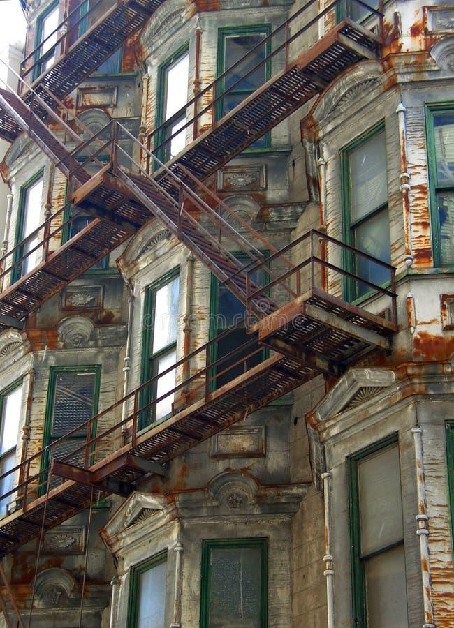 Rostiges Gebäude lizenzfreie stockfotografie