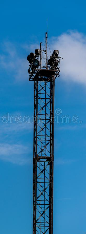 Rostigt torn av fläck-ljus royaltyfri foto