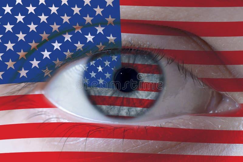 Rosto humano pintado com a bandeira dos EUA foto de stock royalty free