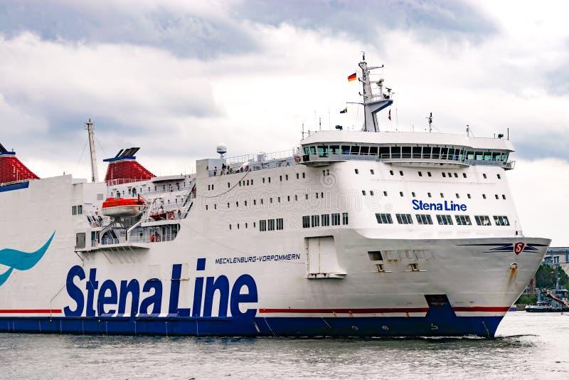 Rostock, Allemagne - août 2016 : Ligne ferry de Stena dans le port de Warnemuende photographie stock