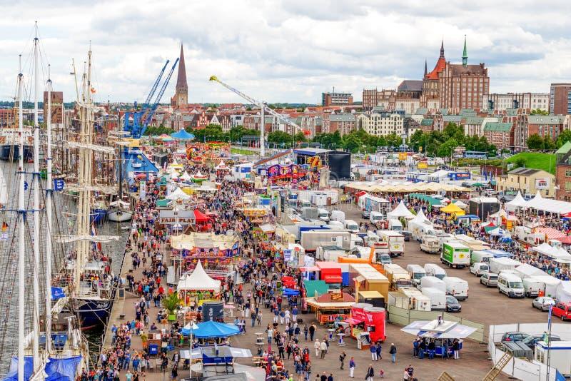 Rostock, Deutschland - August 2016: Hanse-Segel markt lizenzfreies stockbild