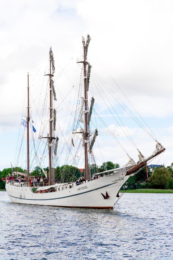 Rostock, Deutschland - August 2016: Segelschiff Artemis stockfotos