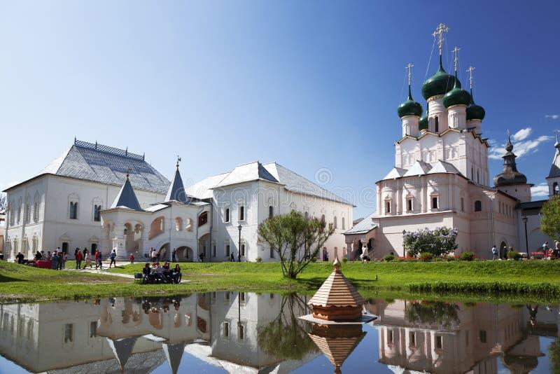 Rostov det stort. Kreml royaltyfria bilder
