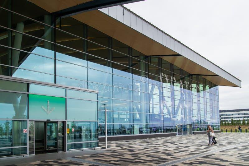 Rostov-On-Don, Rusia - 11 de septiembre de 2018: Aeropuerto Platov, construido para el mundial 2018 de la FIFA Vista exterior del fotografía de archivo