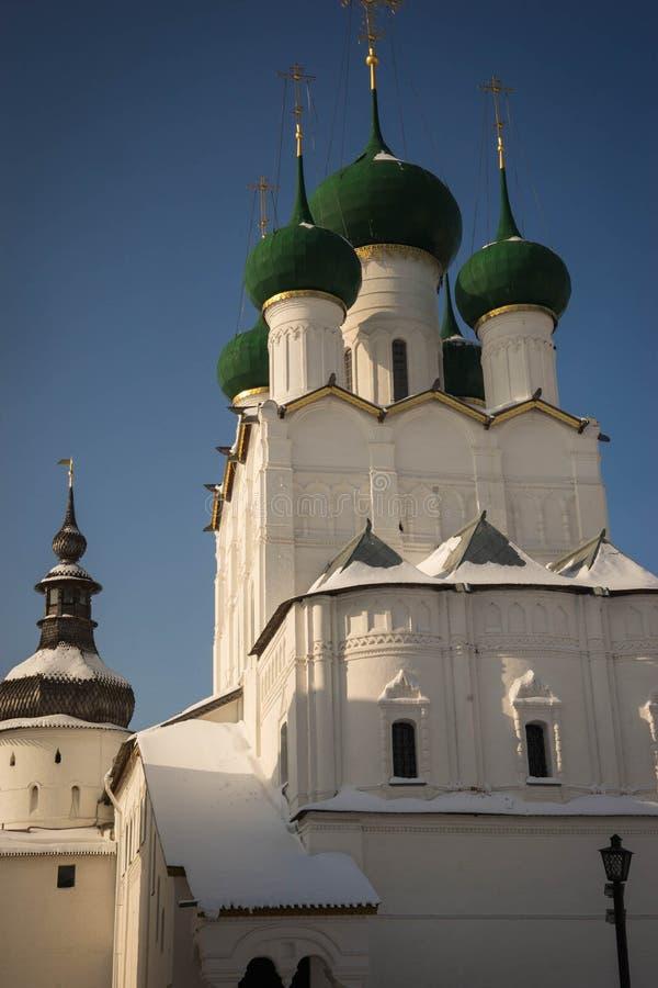 Rostov Kremlin w śniegu w zimie, Rosja zdjęcie royalty free