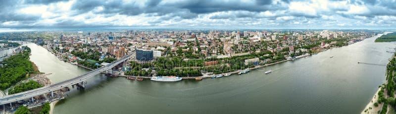 Rostov-op-trek aan Rusland luchtmening, Panoramas van de stad stock afbeeldingen