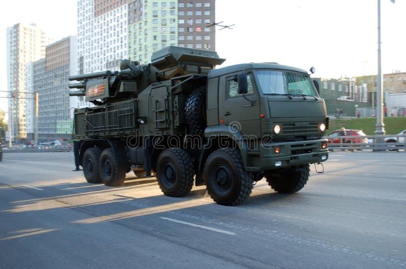 Rosyjska samojezdna ziemia-powietrze pociska Armour-C1 rakieta i pistoletu system zdjęcie stock
