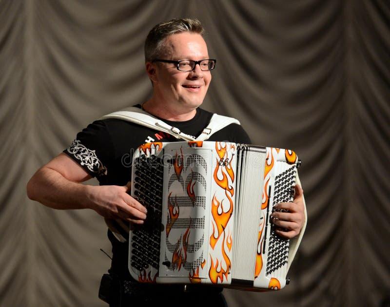 Rosyjski akordeonista Sergei Voitenko fotografia royalty free