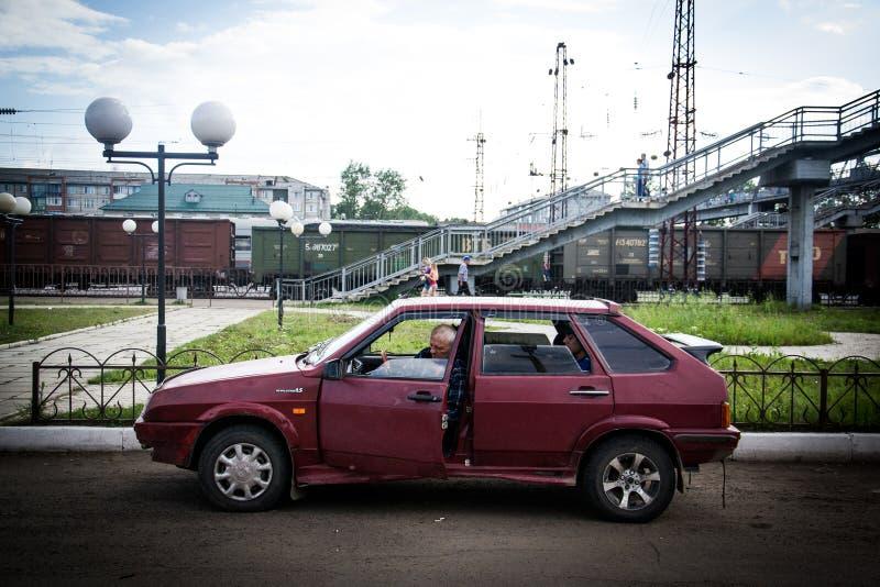 Rosyjski samochód w dworcu obraz royalty free
