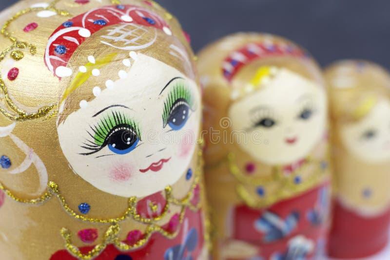 Rosyjskie Tradycyjne lale Matrioshka, Matryoshka lub Babushka - obraz stock