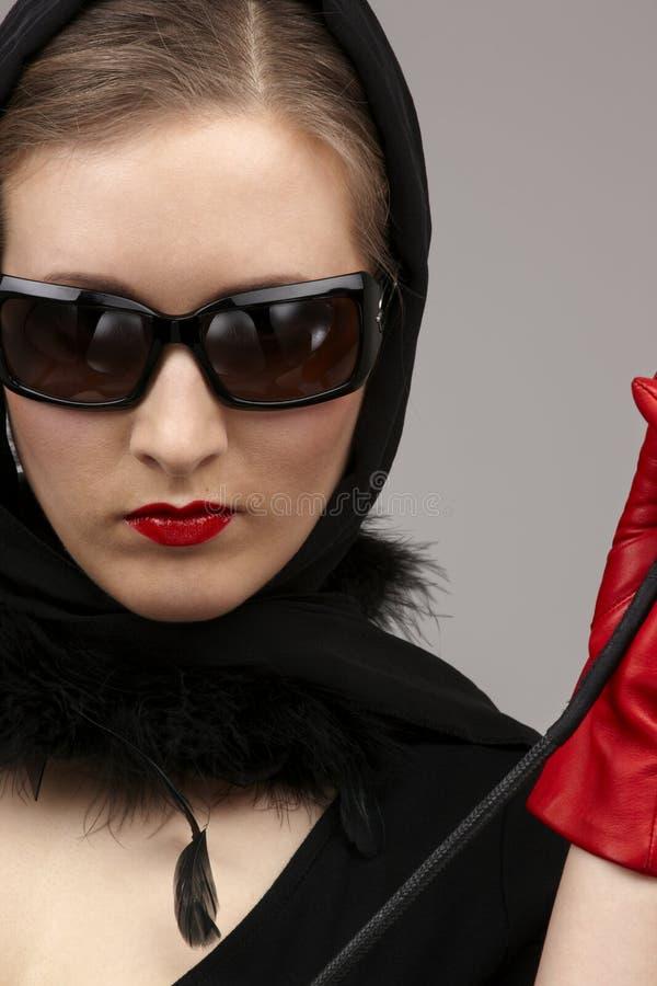 Rot auf Schwarzem stockfoto