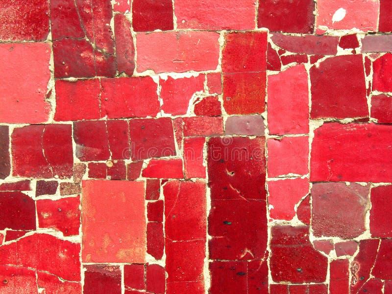 Rot deckt Mosaik - gelegentliches Muster mit Ziegeln stockbild