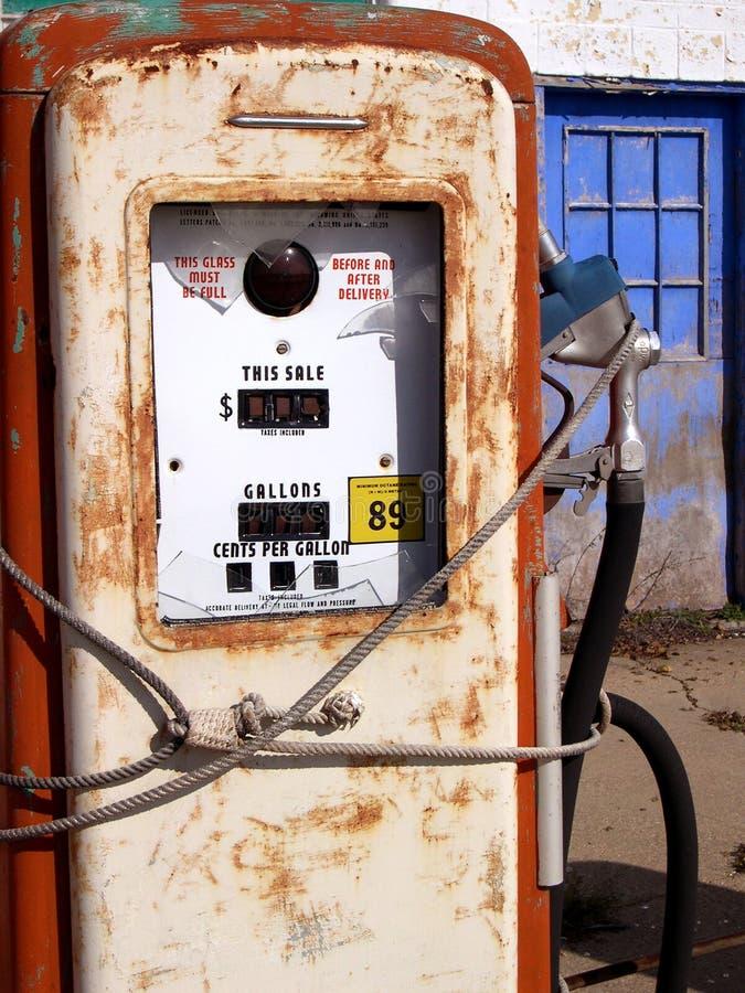 Rota 66 do posto de gasolina do vintage imagens de stock