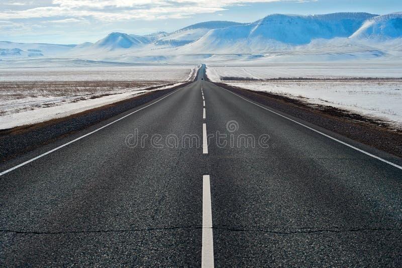 Rota da estrada em Sibéria imagem de stock royalty free