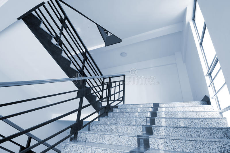 Rotation des escaliers photos stock