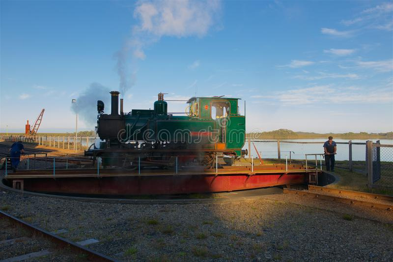 Rotation du train Strahan Tasmanie de vapeur photos stock