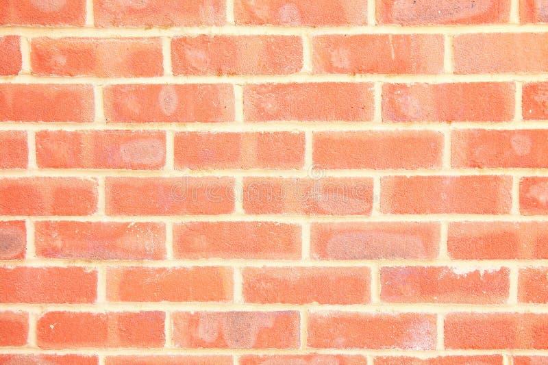 Download Rote Backsteinmauer-Szene stockfoto. Bild von kleber - 106804712