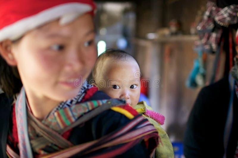 Rote Dao Ehtnic Minorität-Leute von Vietnam lizenzfreies stockfoto