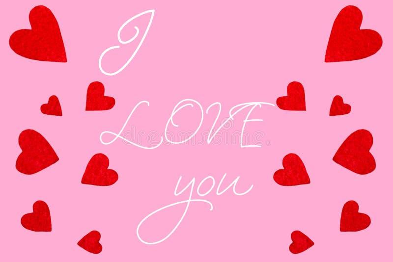 Rote Herzen mit der Aufschrift ich liebe dich stockbild