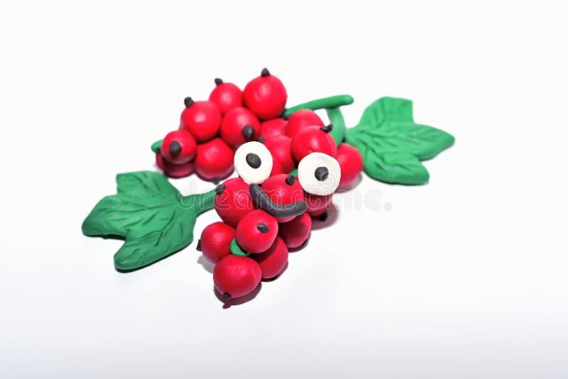 Rote Johannisbeere gemacht vom Plasticine lizenzfreie stockfotografie