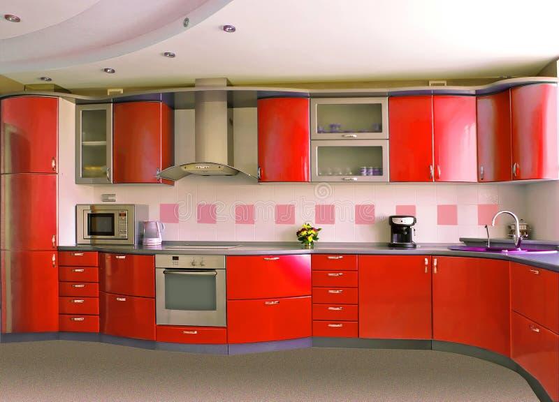 Rote Küche lizenzfreies stockbild