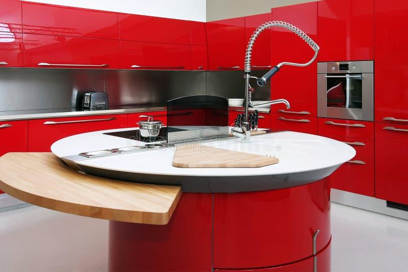Rote Küche Stockbild. Bild Von Messer, Schrank, Zahnstange - 9277289