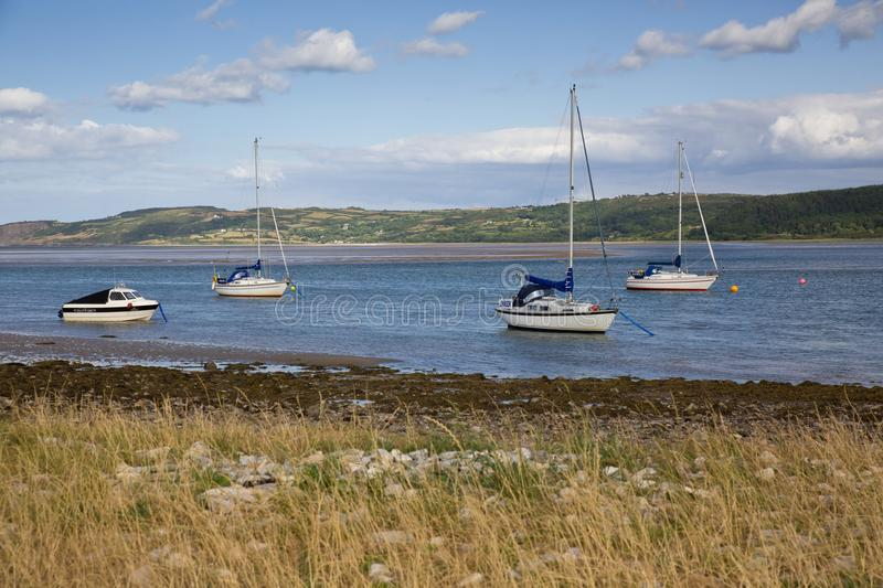 Rote Kai-Bucht in Anglesey, Wales stockbild