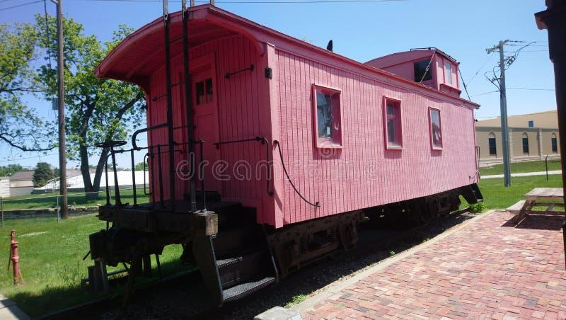 Rote Kombüse am Felsen-Insel-Depotzugmuseum stockfoto