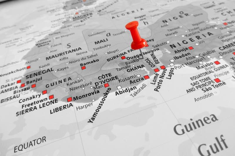 Rote Markierung über Togo stockfotos