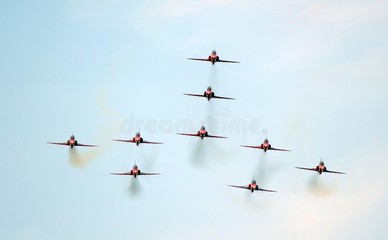 Rote Pfeilflugzeuge stockbild