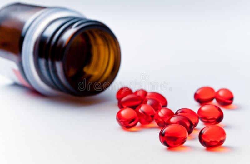 Rote Pillen stockfotografie