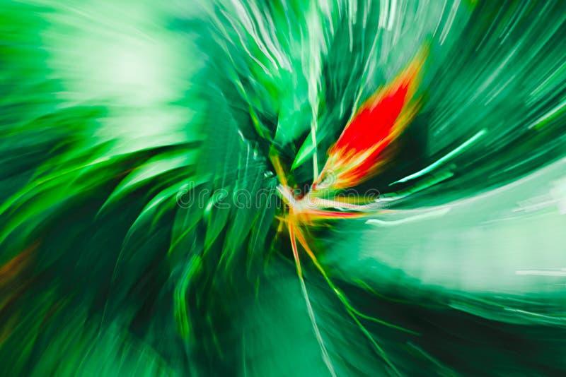 Rote Schande mitten in grünen Blumenblättern - abstrakter Expressionismus-Impressionismus stockfotos