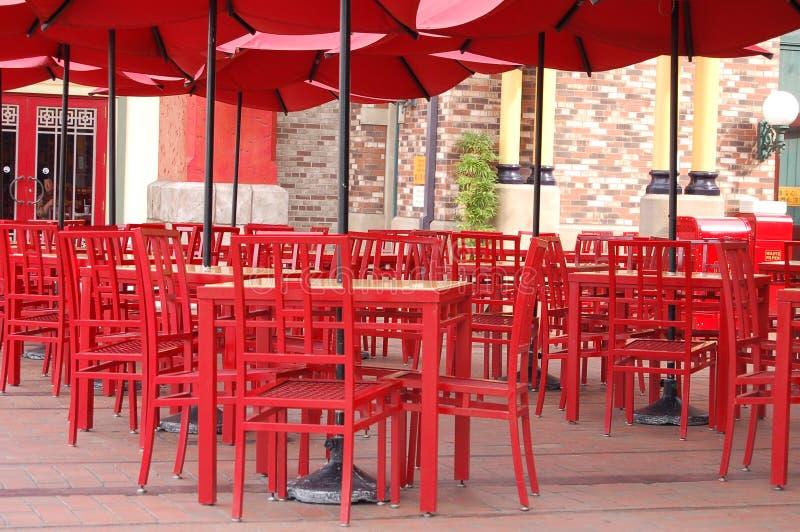 Rote Stühle stockfoto