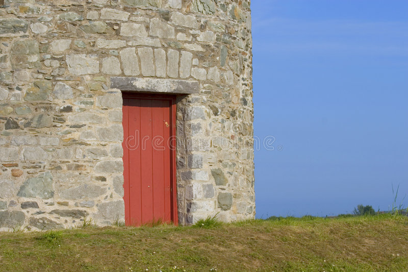 Rote Tür lizenzfreie stockfotografie