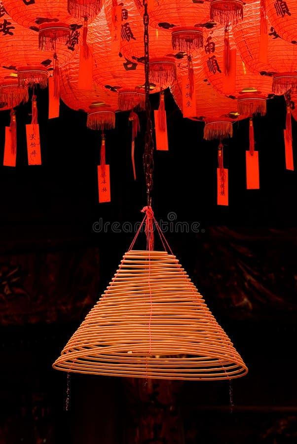 Rote und schöne chinesische Laterne stockbilder