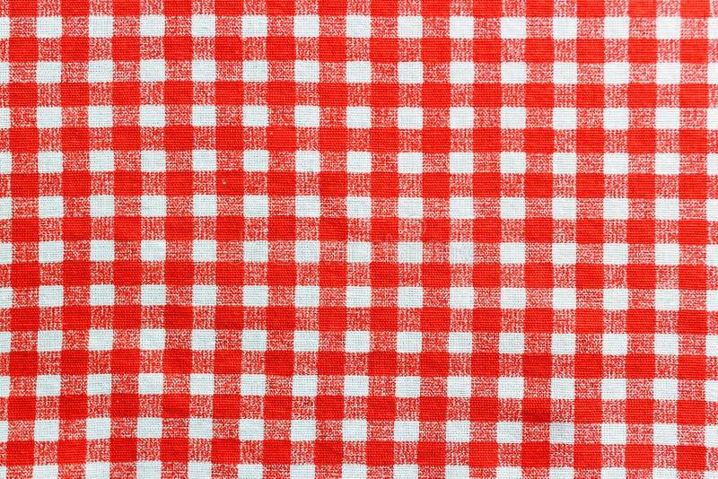 Rote und weiße Leinentischdecke lizenzfreies stockbild