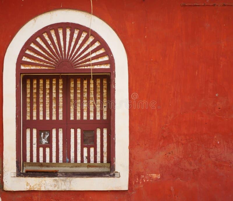 Rote Wand 2 lizenzfreie stockfotografie