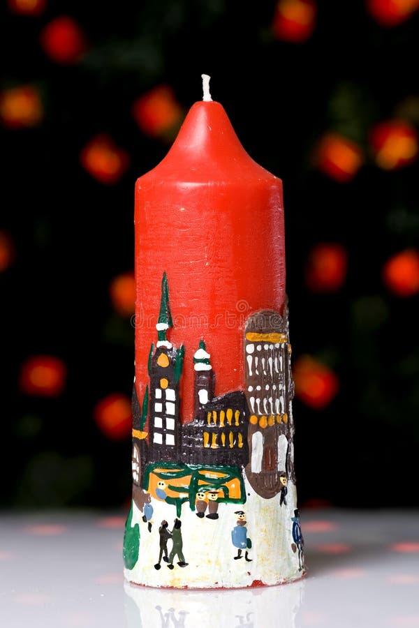 Rote Weihnachtskerze stockfotos