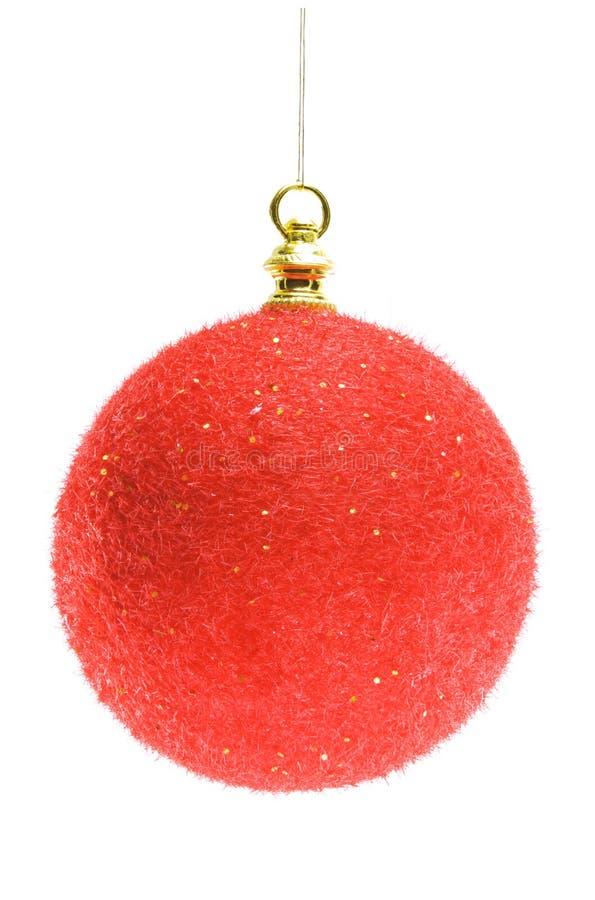 Rote Weihnachtskugel getrennt auf weißem Hintergrund stockfoto