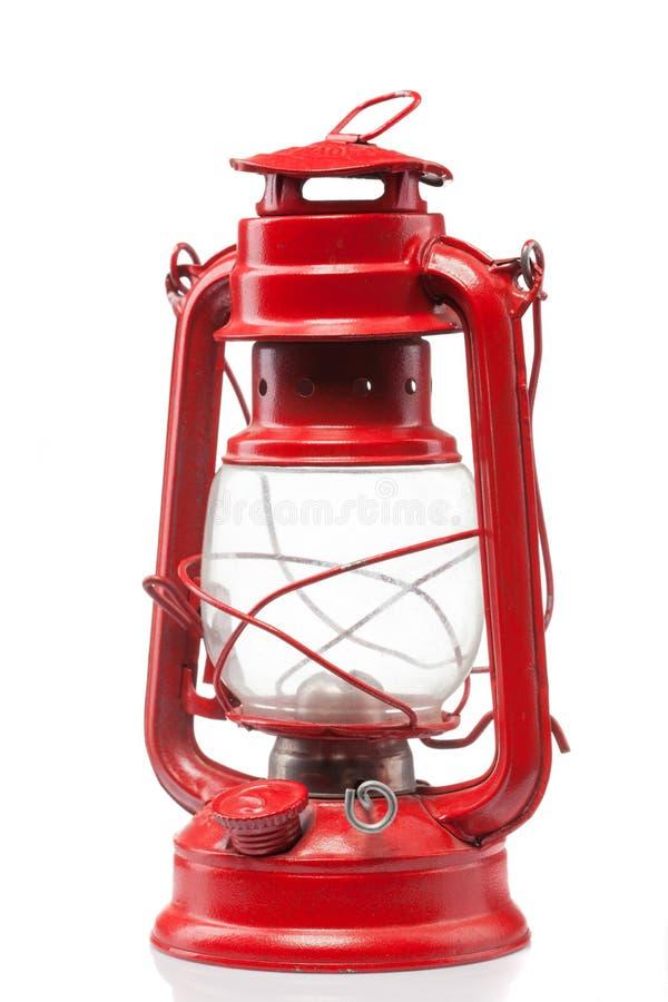 Rote Weinlesegaslampe lokalisiert auf Weiß lizenzfreies stockbild