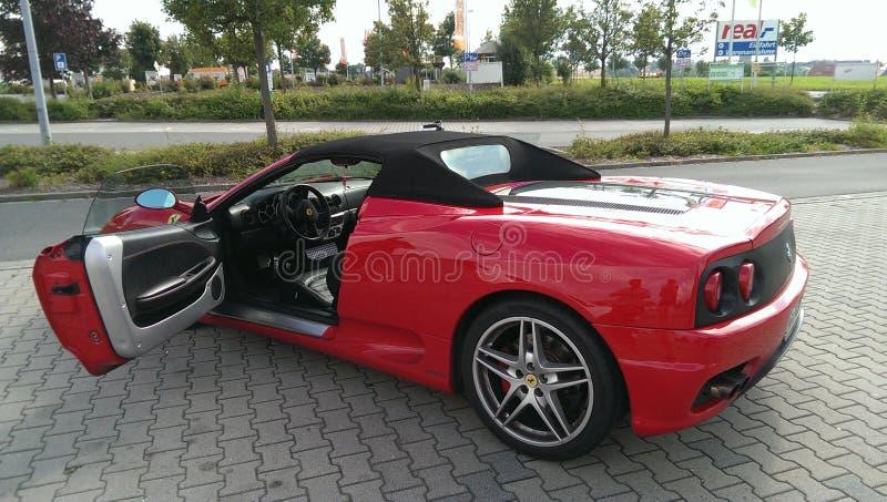 Roter Ferrari stockfotos